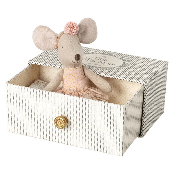 Dance Mouse in Daybed, Little Mouse