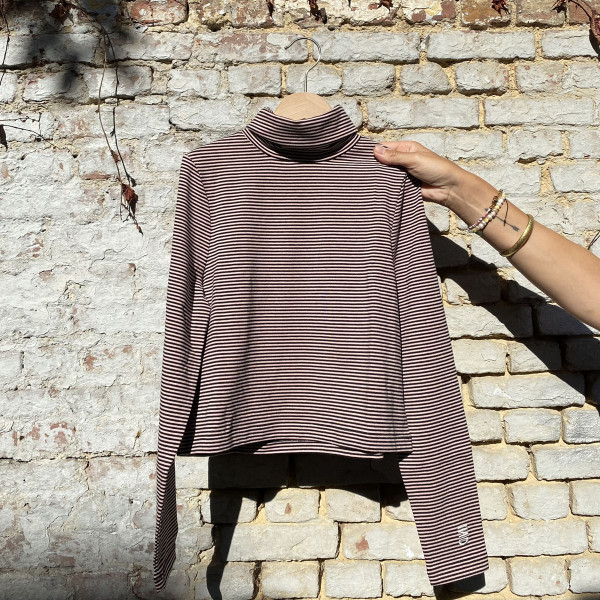 Kidness Turtle Neck Rosewood