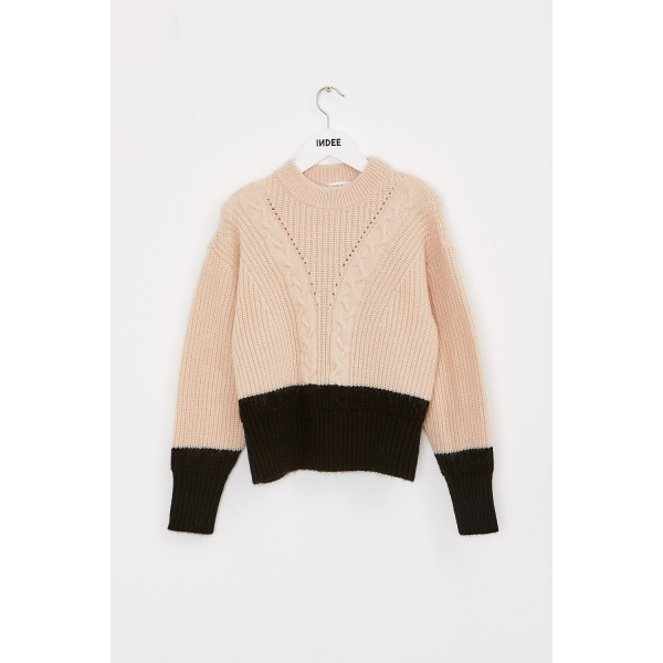 Kiss Cabled Knit Sweater Stone